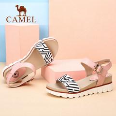 骆驼女鞋 时尚休闲 一字扣防滑松糕凉鞋新款凉鞋女夏 中跟