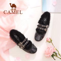 Camel/骆驼女鞋 2017秋季新品 时尚优雅貂毛皮带扣饰个性平底单鞋