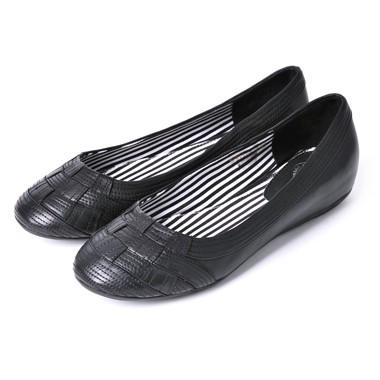 骆驼女鞋camel-650121-打腊牛皮时尚编织款女士休闲单鞋黑色